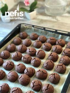 Browni Kurabiye - Nefis Yemek Tarifleri - #5100635 Brownie Cake, Brownie Cookies, Brownies, Galletas Cookies, Mahi Mahi, Tiramisu, Cake Recipes, Biscuits, Food Photography