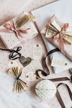 faitmaison Packaging with music paper as bows