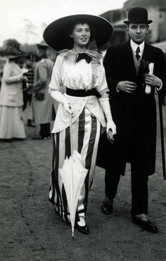 1914. That LOOK  ✖✖ Hat - Gloves - Parasol, and a Big Ole Striped Skirt. Off to the Races, No Doubt !