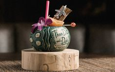 Three Dots and a Dash is a speakeasy-style take on the traditional tiki bar. Discover our rum-soaked menu of more than two dozen classic, modern and original tiki cocktails. Craft Cocktails, Party Drinks, Outdoor Restaurant Design, Birthday Weekend, 40th Birthday, Three Dots, Tiki Room, Exotic Fruit, Cool Bars
