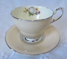 Vintage PARAGON Double Royal Warrant Art Deco Footed Cream Teacup & Sauce by VintageSchoolteacher on Etsy Coffee Cups, Tea Cups, China Tea Sets, Coffee Cream, Foot Cream, Teapots And Cups, Porcelain Mugs, Tea Cup Saucer, Bone China