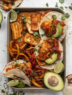 We love these crispy halloumi fajitas for dinner! Toasty cheese, warm tortillas, marinated peppers and onions, topped with avocado. Delish! Vegetarian Recipes Dinner, Mexican Food Recipes, Ethnic Recipes, Mexican Dishes, Tofu Dishes, Veggie Dishes, Healthy Family Dinners, Main Meals, Exotic Food
