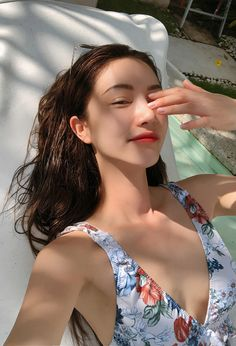 Post with 1598 views. Korean Best Friends, Kpop Girl Bands, Girl Korea, Ulzzang Korean Girl, Bikini Outfits, Uzzlang Girl, Cute Girl Photo, Stylenanda, Models