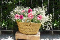 ceston parson_las_tres_sillas_alquiler Rural House, Weddings, Wedding Decoration, Latin Quotes, Chairs, Furniture