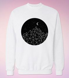 Hoi! Ik heb een geweldige listing op Etsy gevonden: https://www.etsy.com/nl/listing/255182006/mountains-moon-stars-sweatshirt-sweat