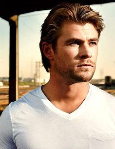 Chris Hemsworth. Inspiration for Troy in Acqusitions
