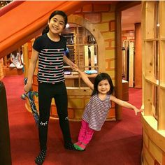 Niana and her sister Cute Celebrities, Celebs, Ranz Kyle, Siblings Goals, Youtube Sensation, Intense Love, Lucky Colour, Social Media Stars, Popular Videos