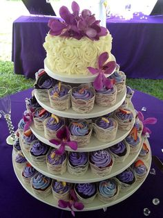 Lace Wrapped Cupcakes and Rosette Wedding Cupcake Tower by Sweet For Sirten, via Flickr.