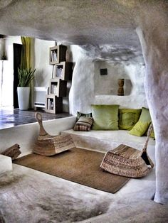 Combining my beloved sunken sitting area with an earthen house! Maison Earthship, Earthship Home, Cob House Interior, Home Interior Design, Cob Building, Building A House, Green Building, Adobe Haus, Earth Bag Homes