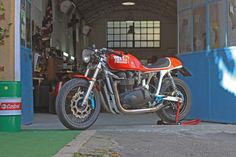 Mr Gasser by Cafe Twin