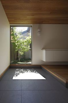 Excite Your Visitors with These 14 Cute Half-Bathroom Styles - Modern Scandinavian Architecture, Japanese Architecture, Interior Architecture, Patio Interior, Interior And Exterior, Japanese Interior, House Entrance, Japanese House, Minimalist Interior