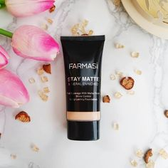 Stay Matte Foundation by Farmasi! European standards, luxurious makeup at an amazing price point! #farmasi #farmasimakeup #farmasicosmetics #foundation #makeup #makeuproutine #luxury