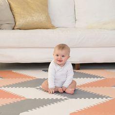 The Skip Hop Playspot Geo Foam Floor Tiles - Grey/Peach is stylish baby-safe flooring! Playroom Flooring, Foam Flooring, Playroom Furniture, Baby Furniture, Bedroom Furniture, Foam Floor Tiles, Baby Play Areas, Baby Playroom, Baby Gym