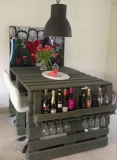 Nice 43 Insanely Genius DIY Pallet Storage Ideas https://modernhousemagz.com/43-insanely-genius-diy-pallet-storage-ideas/