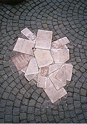 Monument to the White Rose in front of the Ludwig Maximillian University of Munich