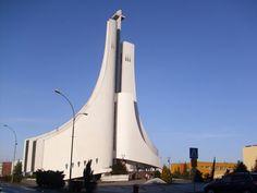 Kościół św. Ducha w Mielcu - zachwyca nas nowoczesna architektura sakralna. #Podkarpacie #kościół #Mielec #architektura/ #Poland #architecture #church #art