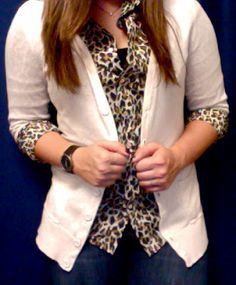 Leopard shirt from J. This is how to wear an animal print shirt if you're afraid. With a cardigan Leopard Shirt, Leopard Cardigan, Pretty Outfits, Pretty Clothes, Animal Print Shirts, Work Fashion, Fashion Ideas, Chambray, Shirt Blouses
