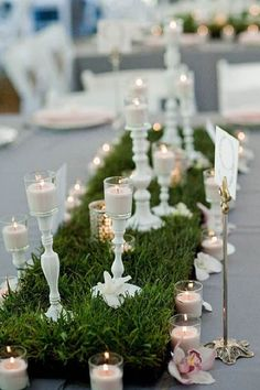 Grass table runner for your wedding.. who knew? This would be perfect if you are having a garden themed wedding.