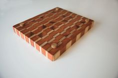 Cutting Board with cork feets Mineral Oil, Wood Work, Butcher Block Cutting Board, Cork, Boards, Woodworking, Planks, Corks