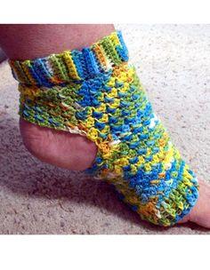 Pilates Peds (Crochet Yoga Socks) Crochet a pair of yoga socks crochet pattern (aff link)