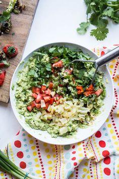 Loaded Roasted Chile Guacamole | guacamole rec