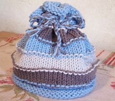 Simple stripes baby hat - super easy and super cute!