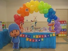 Pocoyo Painting Party using primary colors; Pocoyo cake table
