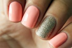 Sparkly Accent Nail, Festive Holiday Nails to Try Tonight