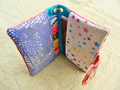 CARD HOLDER - handy little gift, holds credit & biz cards - SnottyDog's great tutorial with step by step pictures. Even has a nice little chain & clip so it doesn't get lost in a purse, or can be hooked to belt loop, etc.