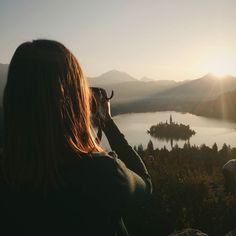 Dobrze powspominać wakacje wszystko jest lepsze od nauki na obronę magisterki  #sLOVEnia #bled #paradise #photographyislife #passion #travel #sunrise