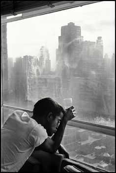 darksilenceinsuburbia:    apostrophe9:    migue-e:    Sammy Davis Jr. looking out a Manhattan window at dawn, NYC, 1959, Burt Glinn.
