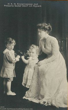 Crown Princess Margareta, nee Connaught, and her children
