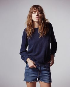 FREJA BEHA ERICHSEN launches her debut fashion line on September 16 – a capsule collection with denim label Mother. The range is strongly influenced by the androgynous model's personal style, which is defined by a uniform of skinny jeans and shirts. Fashion Line, Fashion Moda, Look Fashion, Fashion Beauty, Net Fashion, Denim Fashion, Fashion Photo, Fall Fashion, Fashion Outfits
