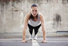 'Burpees Are Idiotic': Why This Certified Trainer Hates The Move More Than Any Other Tabata, Cardio, 2 Week Workout, Burpee Challenge, Anaerobic Exercise, Excercise, Weekly Workout Plans, Daily Exercise Routines, Workout Routines