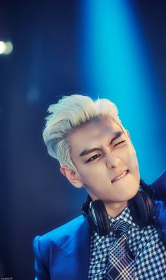 Yeah~ Let's go party~~~ #T.O.P #ChoiSeungHyun [logo]