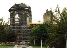 1996 Dresden - Frauenkirche, Baubeginn des Wiederaufbaus (Foto: WEPelzer - Panoramio)  ☺