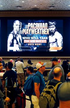Wahlberg And Diddy Bet $250,000 On Mayweather & Pacquiao Fight