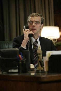 Dit is Peter Capaldi: hij was geweldig in Torchwood's 'Children of Earth' en zojuist is bevestigd dat hij Matt Smith zal opvolgen als The Doctor!