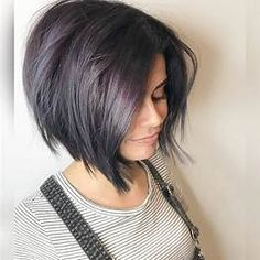 Images Haircuts For Small Faces, Cute Bob Haircuts, Inverted Bob Hairstyles, New Short Hairstyles, Short Haircut Styles, Bob Haircuts For Women, Hairstyles Haircuts, Straight Hairstyles, Long Hair Styles