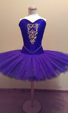 Classical ballet tutu, via Flickr.