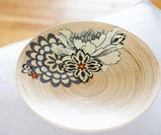 Wood decopage bowls...I'm making these for Christmas gifts!