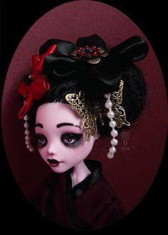 Draculaura by Ann'O'Nyme