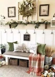Looking for for ideas for farmhouse living room? Browse around this website for perfect farmhouse living room images. This particular farmhouse living room ideas will look wonderful. Fall Home Decor, Autumn Home, Autumn Garden, Home Decor Items, Living Room Colors, Living Room Decor, Autumn Decor Living Room, Shelf Ideas For Living Room, Ivory Living Room