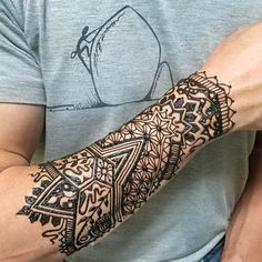 keep calm and climb on Henna Men, Henna Tattoo For Men, Tattoos For Guys, Cool Tattoos, Tattoo Sleves, Lace Tattoo, Mandala Tattoo, Henna Designs For Men, Maori Tattoo Designs
