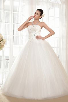 Ball Gown Sweetheart Ivory Bridal Dresses sfp0096 - http://www.shopforparty.com/ball-gown-sweetheart-ivory-bridal-dresses-sfp0096.html - COLOR: Ivory; SILHOUETTE: Ball Gown; NECKLINE: Sweetheart; EMBELLISHMENTS: Lace , Sequin; FABRIC: Tulle - 193USD