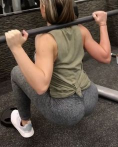 """4,862 Likes, 171 Comments - Nichole Freeman (@nicholefreedom) on Instagram: """"Some #BootyWork for you to kill this week.  tag a friend your going to try these with!"""""""