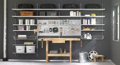 Projekty,  Garaż zaprojektowane przez Regalraum GmbH