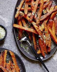 """""""Please excuse me while I go shovel these insanely delicious @casweetpotatoes garlic and herb fries into my mouth!! (Recipe on the blog) """""""