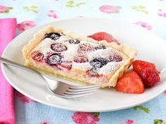 maple•spice: Summer Berry & Almond Cheesecake Tart