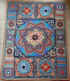 Beautiful crochet Afghan - pattern no longer available Crochet Diy, Crochet Afgans, Manta Crochet, Crochet Home, Crochet Crafts, Crochet Projects, Crochet Blankets, Crochet Ideas, Ravelry Crochet
